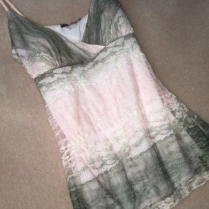 ❄️ Suzy Shier Ombre Lace Sweetheart Camisole
